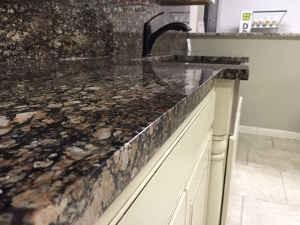 quartz vs marble kitchen countertops