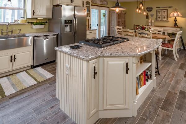 kitchen island with gas range and pergaminho granite titan granite rh titangranitestl com