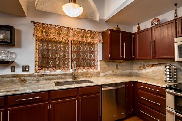 Quartzite kitchen countertops in nakarado - Titan Granite ...